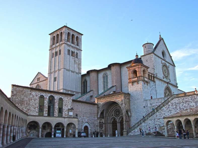 Umbria: what to see. Perugia, Assisi and medieval villages
