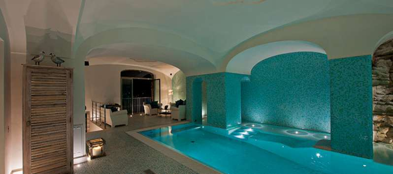 swimming pool inside the villa with sea view in Positano