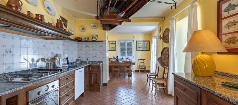kitchen of the villa in Menaggio