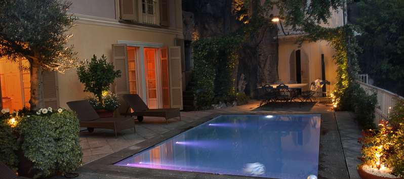 Villa Silva illuminated swimming pool