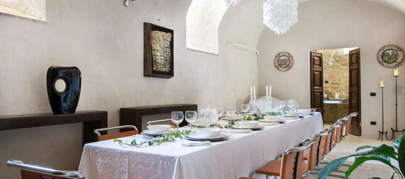 dining room in the villa of Perugia