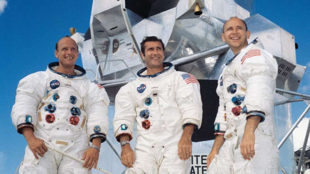 "Goodbye Alan Bean: the fourth ""man on the moon"" has died"