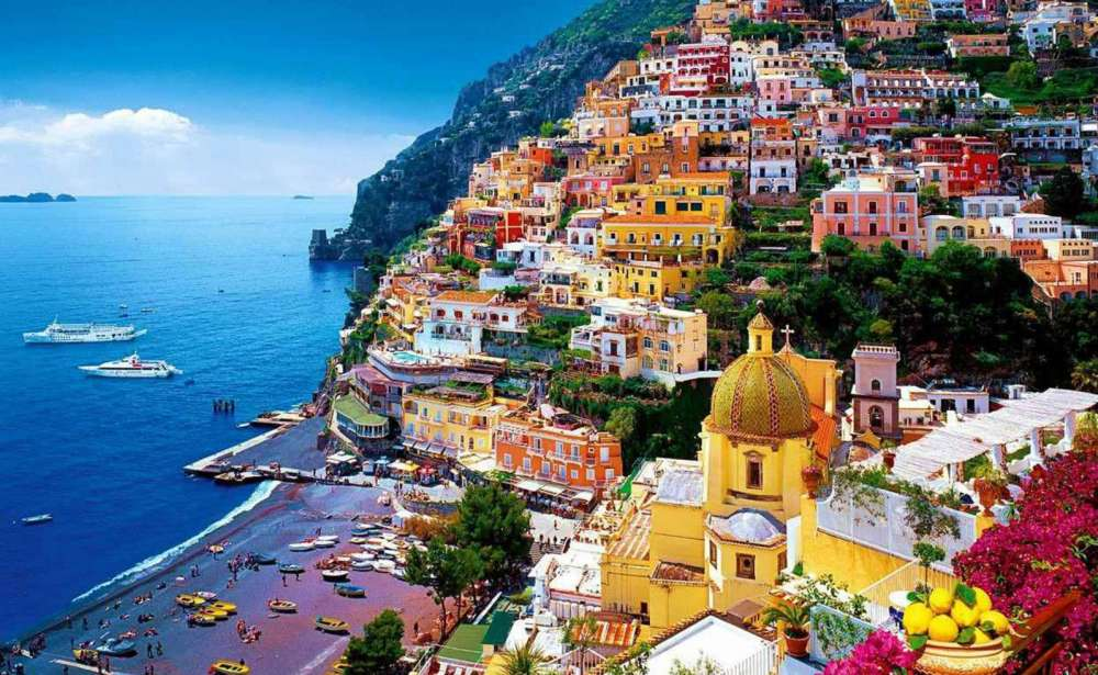 The Many Colors Of The Amalfi Coast
