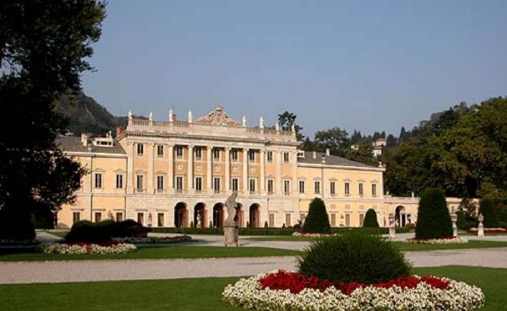 Villa Olmo In Como The Palace On The Lake