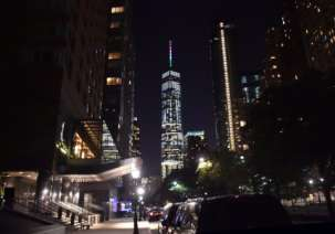 World Trade Center lights up for Italy Quake Victims