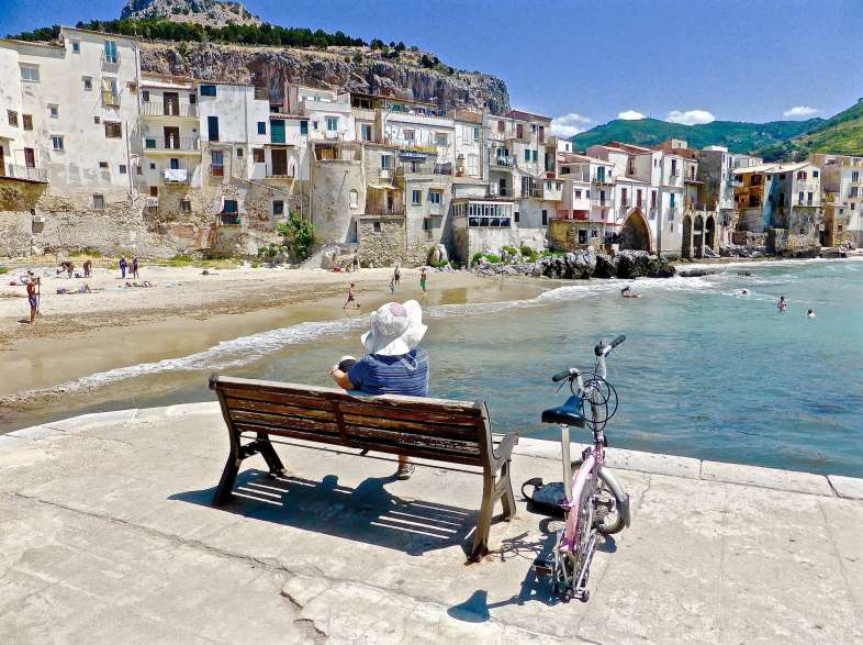 Spring holidays in Italy: where to go and what to see