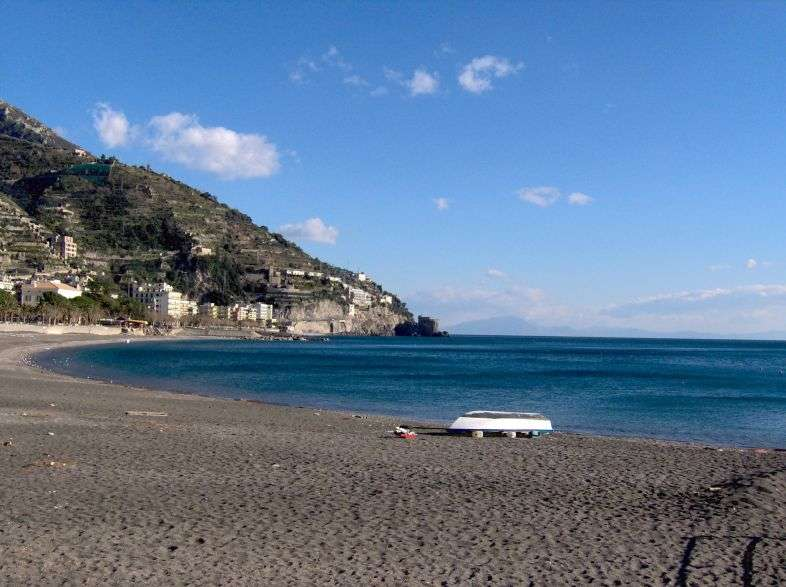 The beaches of Maiori and Minori, the most beautiful of the Amalfi Coast