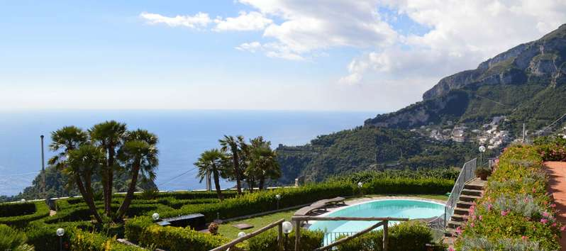 pool and garden of the villa on the Amalfi Coast