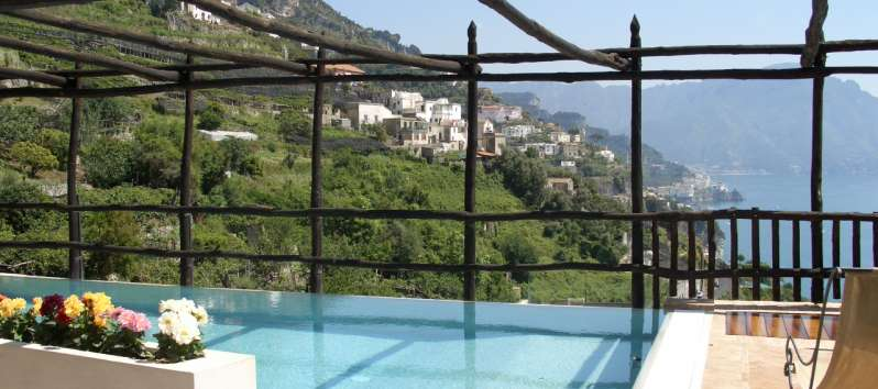 pool with sea view of the villa on the Amalfi Coast