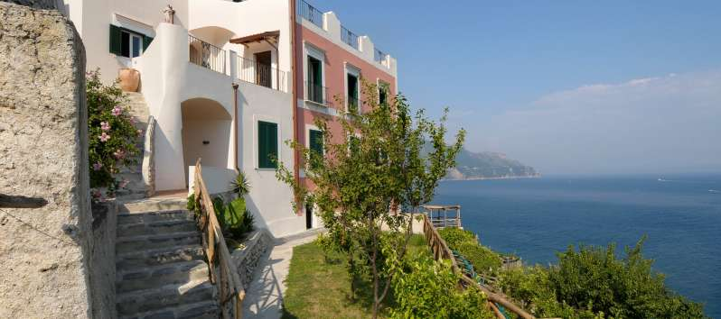 villa with sea view in Amalfi