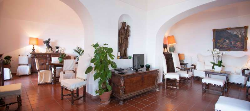 living room of the villa with swimming pool on the Amalfi Coast