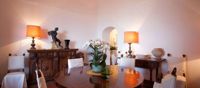 dining table in the villa with swimming pool on the Amalfi Coast