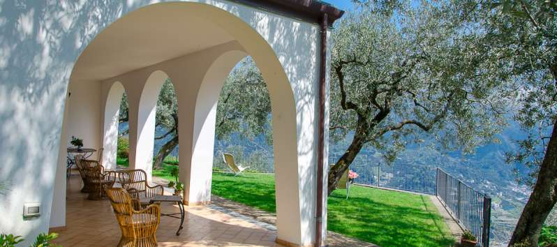 porch with chairs in the villa in Ravello