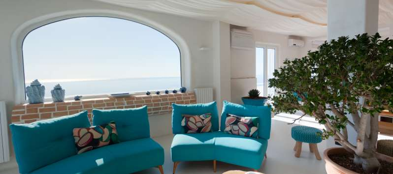 living room with sea view in the villa with swimming pool on the Amalfi Coast