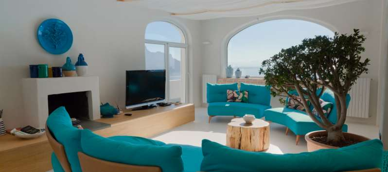 living room with television and sea view in the villa with swimming pool on the Amalfi Coast