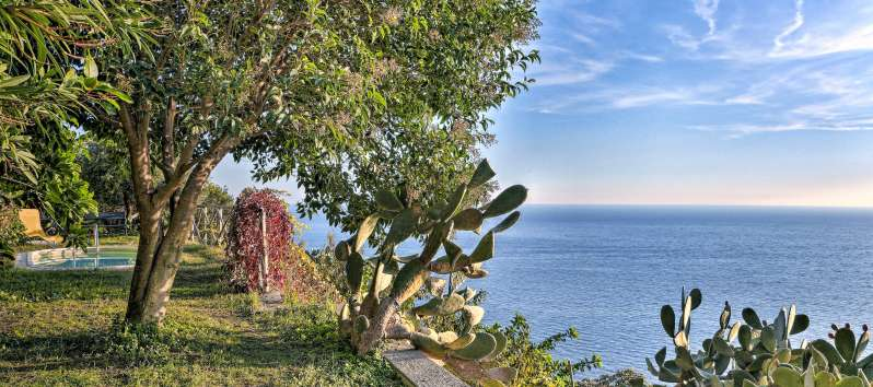 garden of the villa with sea view on the Amalfi coast