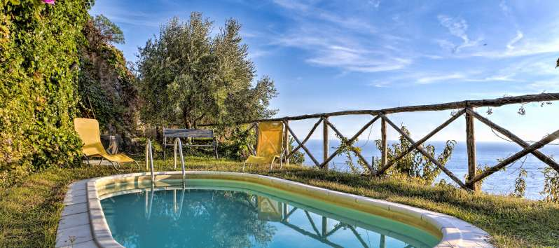 swimming pool in the villa with sea view on the Amalfi Coast
