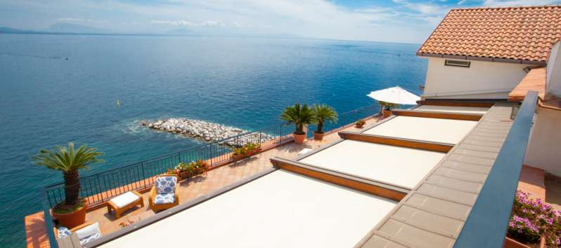 sea ​​view from the balcony of the villa in Amalfi