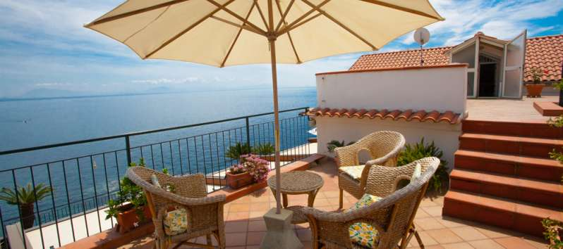 terrace with sea view in the villa in Amalfi