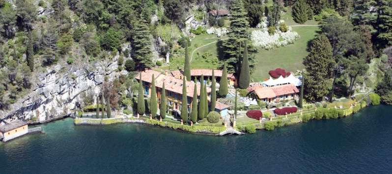 Aerial view of Villa Cypress and its 30.000 square meters park
