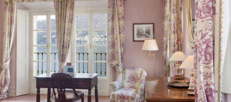 studio with lake view in the villa on Lake Como