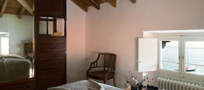 double bedroom in the villa in Laglio