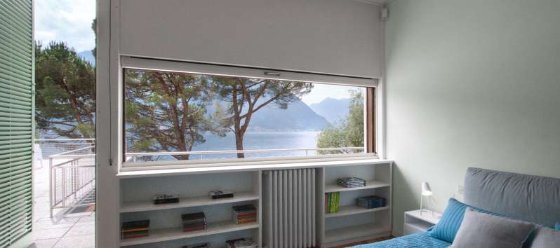 double room with lake view in the villa in Como