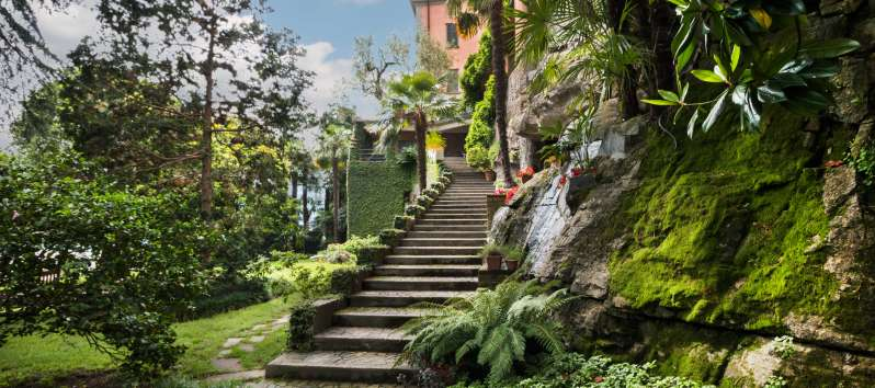 stairway of the villa to Laglio