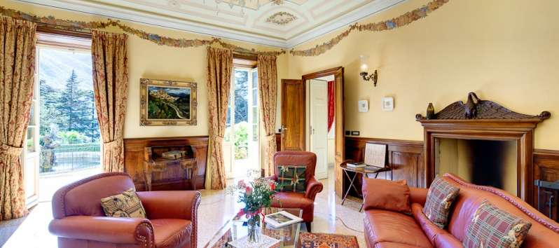 Villa Rubin living room