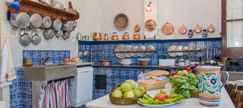kitchen in the villa with swimming pool in Sicily