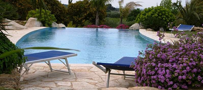 pool of the villa in Trapani