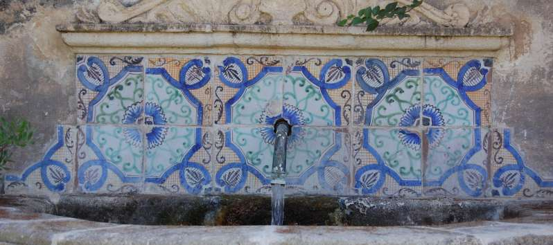 fountain outside the villa in Sicily