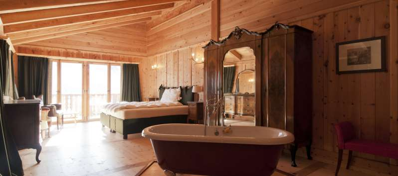bedroom with bath in the villa in St. Moritz