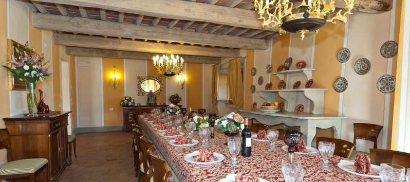 Villa Eracle  dining table for a big family
