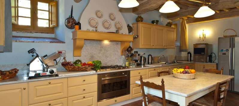 Villa Eracle tuscan rustic and full equipped kitchen