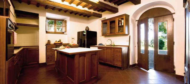 Villa Evan rustic kitchen