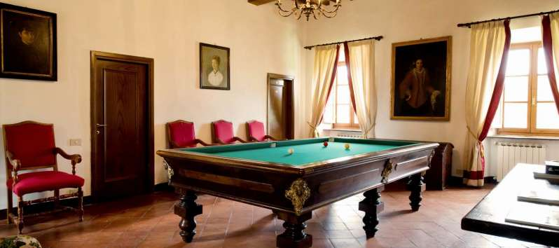 Villa Evan billiard hall