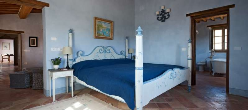 bedroom in the villa in Perugia