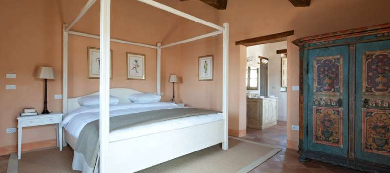 double bedroom in the villa in Perugia