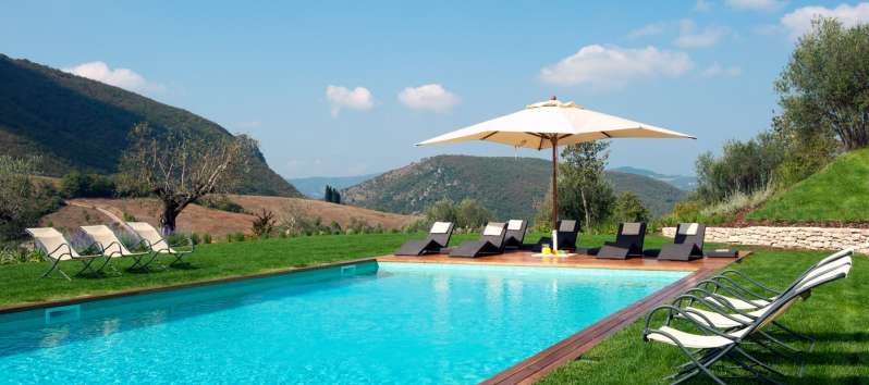 villa with garden and pool in Perugia