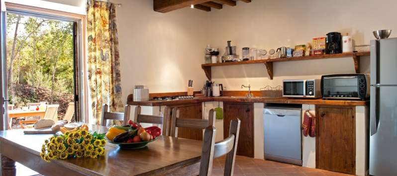 kitchen with dishwasher and panoramic view in Perugia