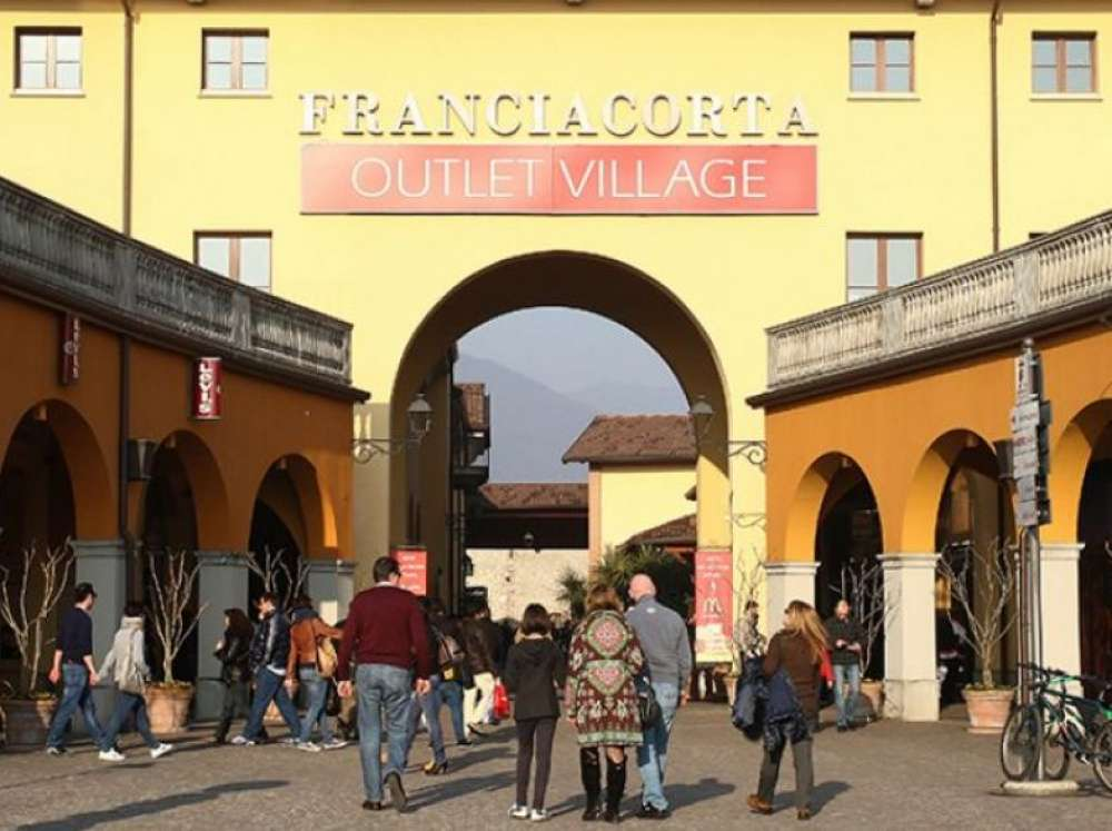 Franciacorta Outlet Village, for a day dedicated to fashion